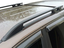 VW Amarok Black Aluminium Roof Bars