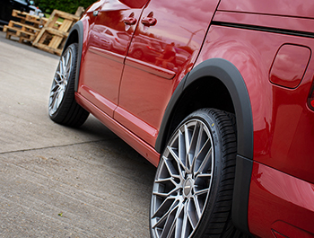 Black ABS Outer Wide Wheel Arch Cover Set - VW Caddy/Maxi 15>