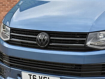 Front Gloss Black Upper Badged Grille T6 & Caravelle 2015>