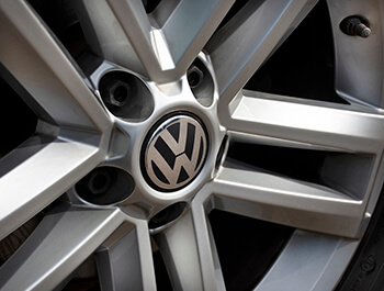 Genuine VW Alloy Wheel Centre Hub Cap 65mm