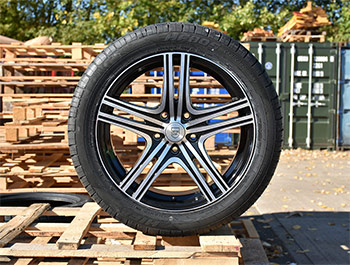 "Techline Gloss Black/Polished 18"" VW T5 & T6 Wheels & Tyres"