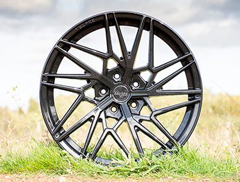 "Velare VLR06 20"" Diamond Black Load Rated Alloy Wheels - T5 T6"