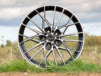 "Velare VLR07 20"" Black Polished Load Rated Alloy Wheels - T5 T6"
