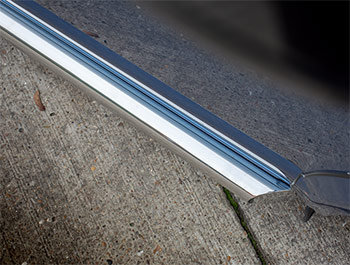 Polished Chrome Stainless Steel 76mm Slash Side Bars - VW T5 T6