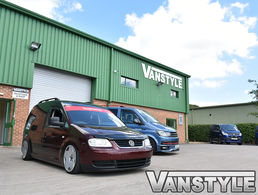 Black Acrylic Bonnet Wind Deflector - VW Caddy & Maxi 04-10