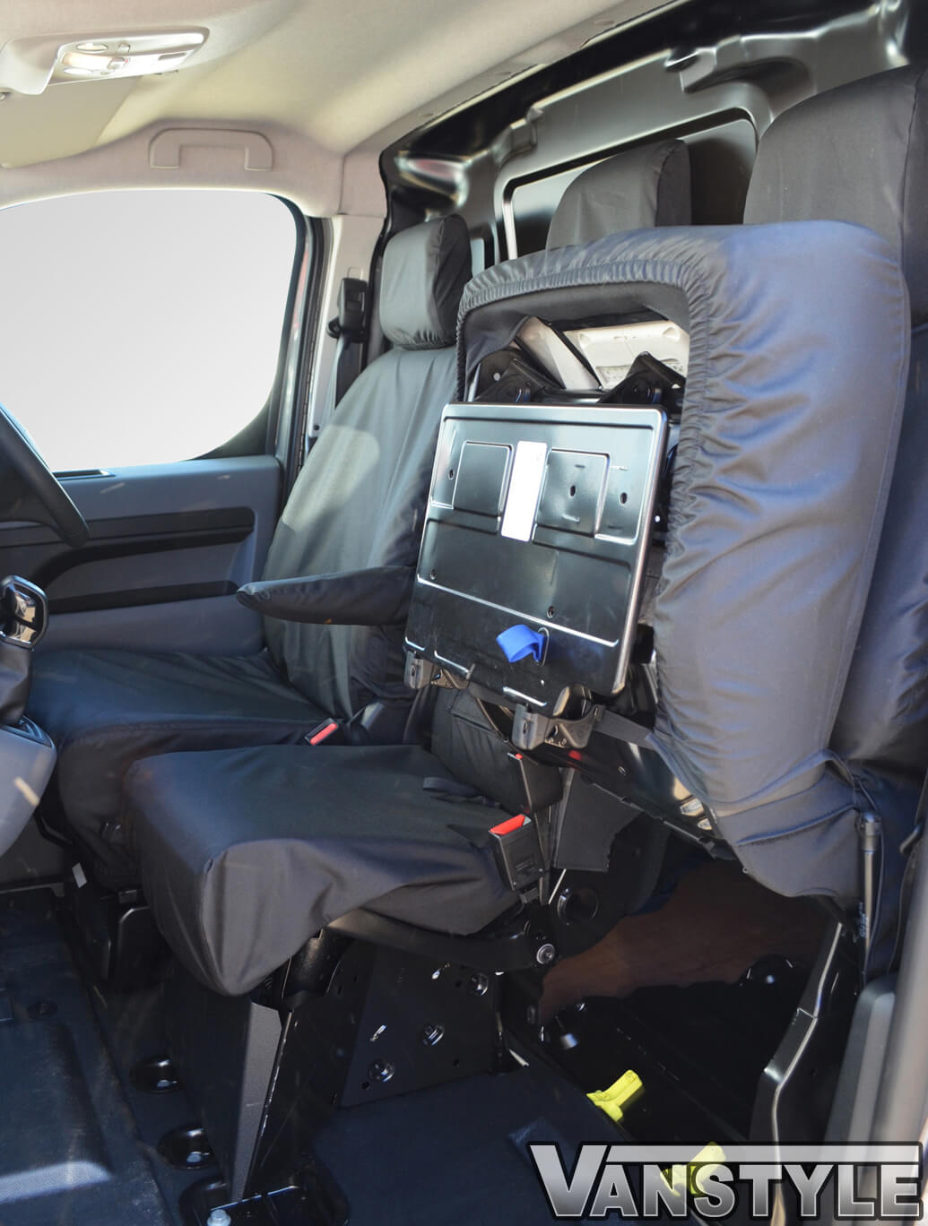 citroen dispatch single passenger seat