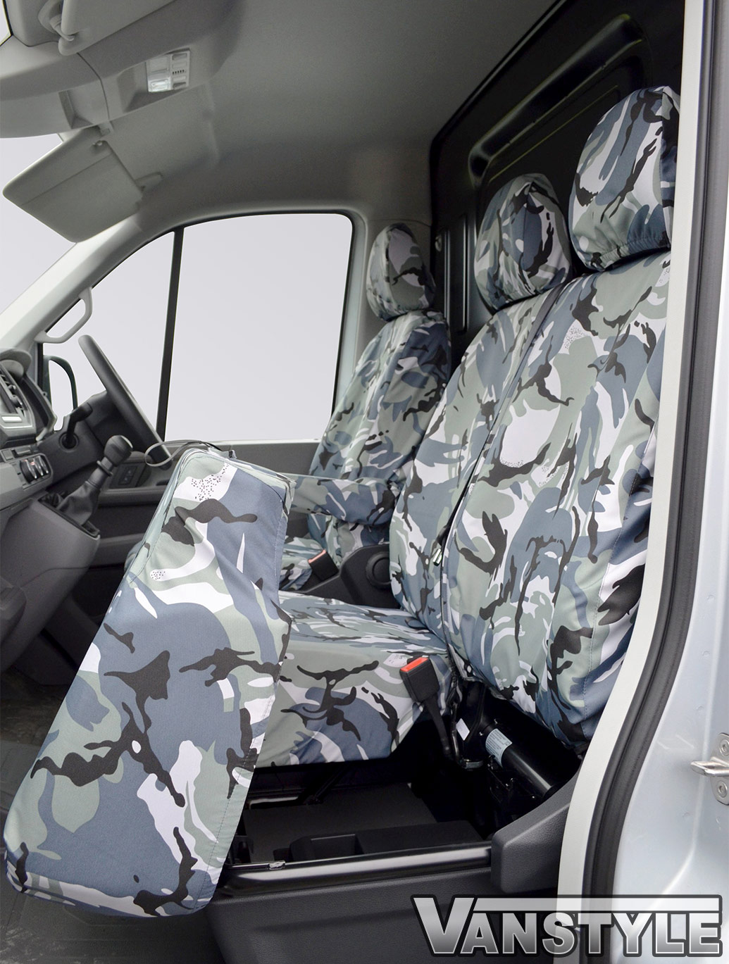 100% Waterproof Tailored Fit Camo Seat Covers - Crafter/TGE 17>