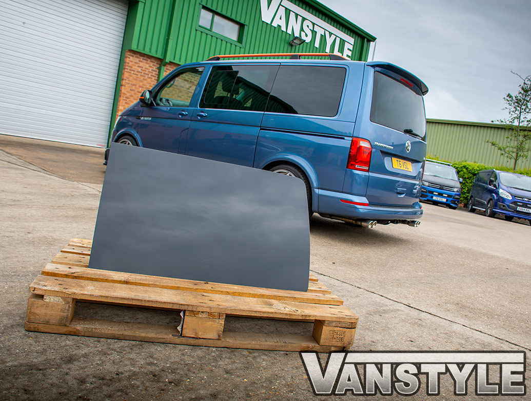 Blackout Left/Right Rear Privacy Glass + Fitting Kit - T5/T6 LWB
