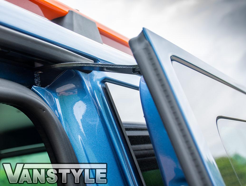 Blackout NSR Passenger Side Glass w/ Fitting Kit - T5 T6 LWB