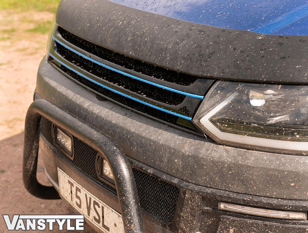 Gloss Black Badgeless Grille w/ Blue Trim Inserts - VW T5.1