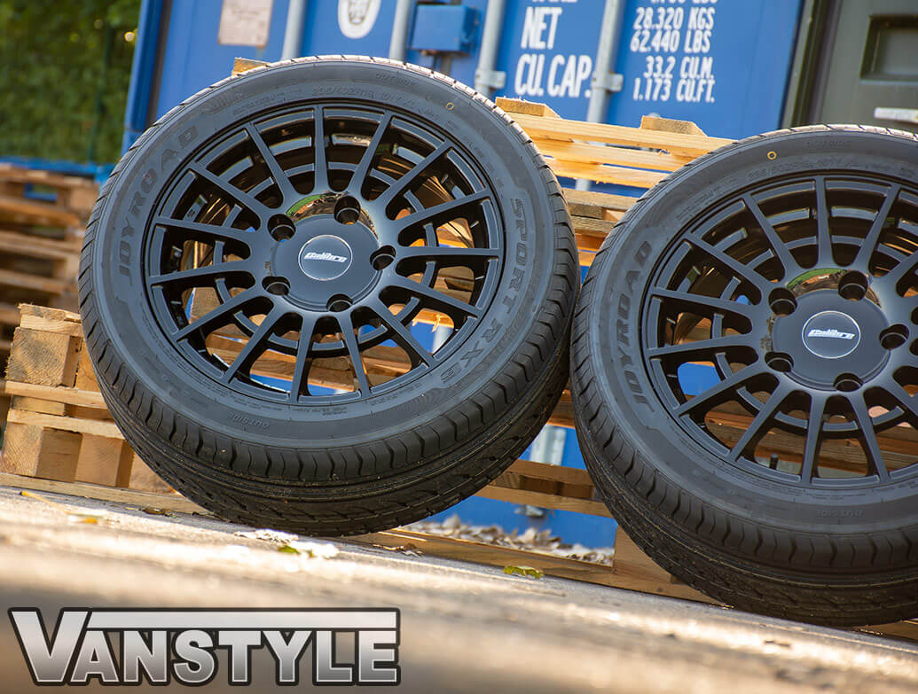 "Calibre T-Sport 18"" Gloss Black Alloy Wheels - Ford Custom 12>"