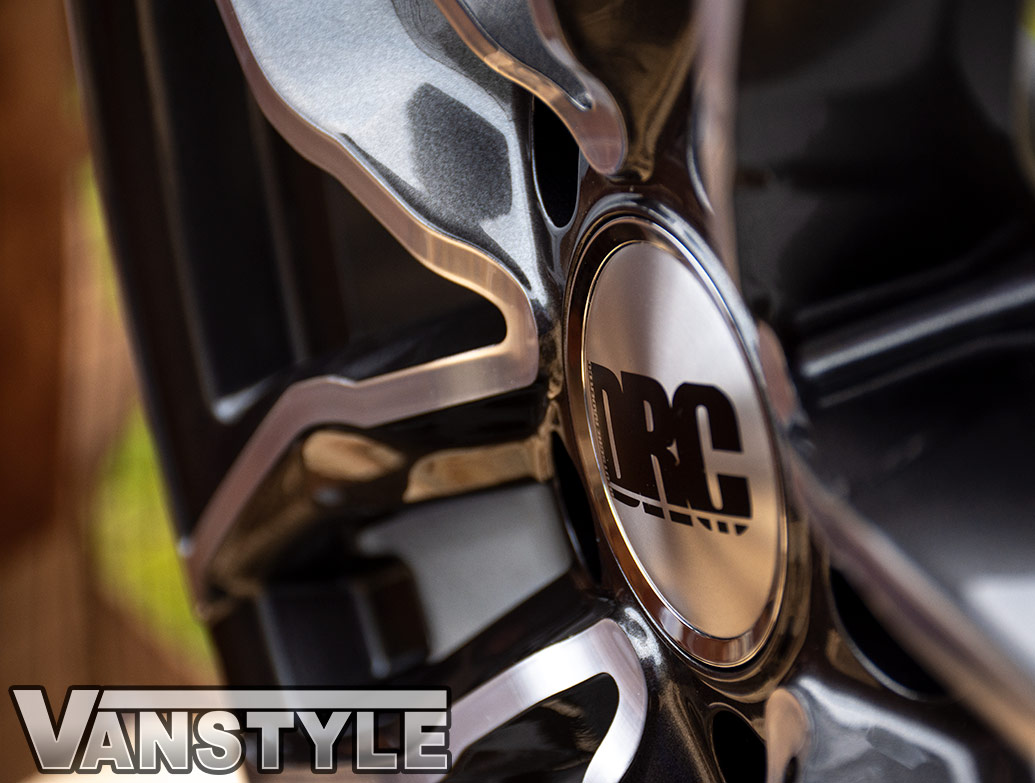 DRC DAA 18in 8J Black/Polished - VW T5/T6 Alloy Wheels