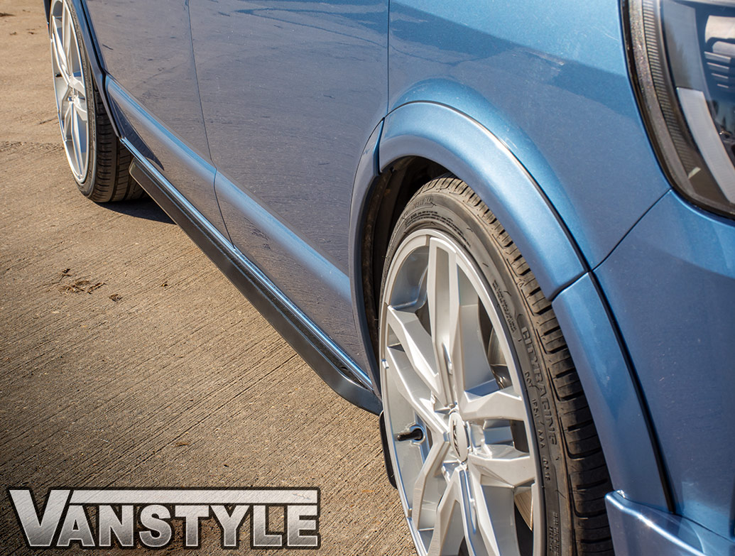 Angled Trapezoid Sportline Style Gloss Black Sidebars - VW T5 T6