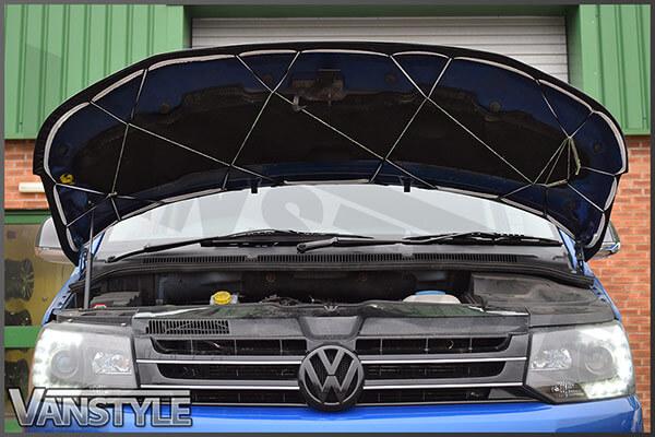 VW T5 2010-15 - Full Bonnet Bra - Chequered