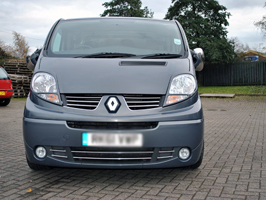 Stainless Steel Upper & Lower Grille Set Renault Trafic 07-14