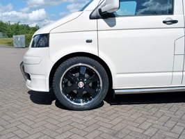 "Calibre Voyage Black with Polished Rim 8.5x20"" 5x120 VW T5"
